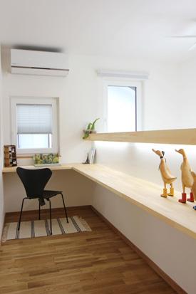 盛岡市山岸│2世帯で住まう、高性能であたたかな家の書斎スペース