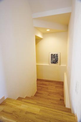 盛岡市月が丘│和×なちゅらるな家の階段下