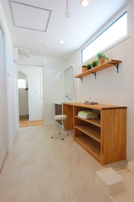 盛岡市中太田│無暖房の家の家事室