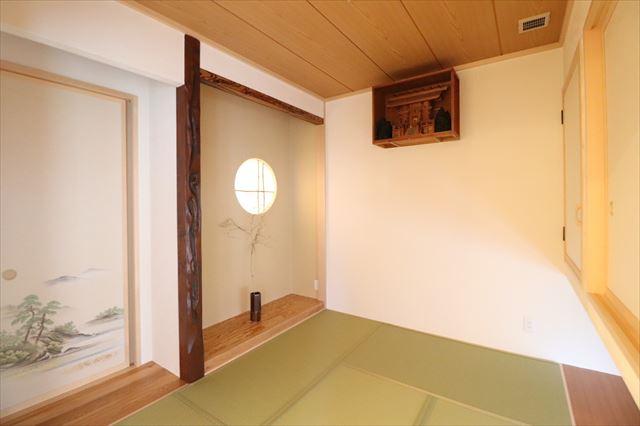 和の趣きを愉しむ平屋の和室