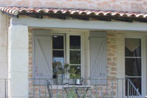 ヨーロッパの窓の奥行 (4)
