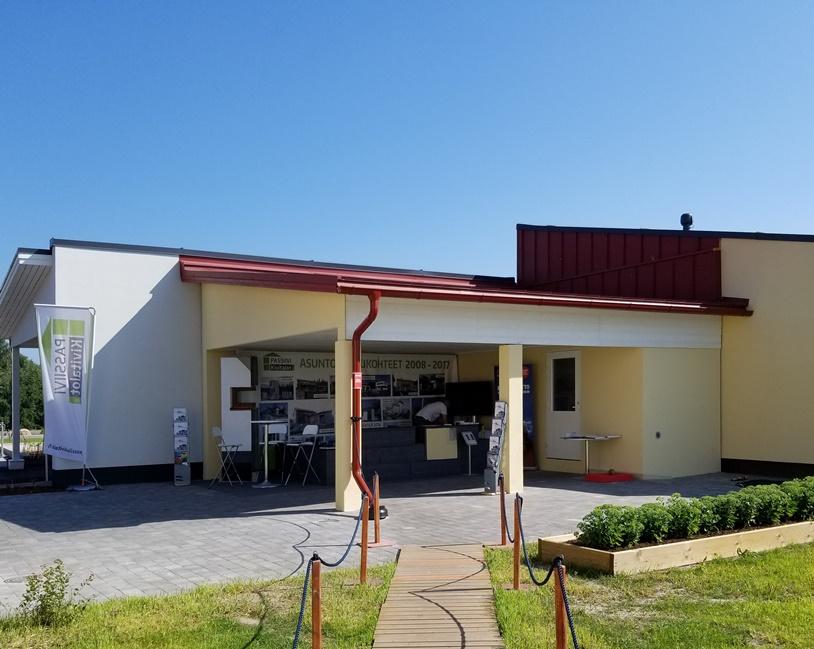 北欧の家のガレージスタイル (5)
