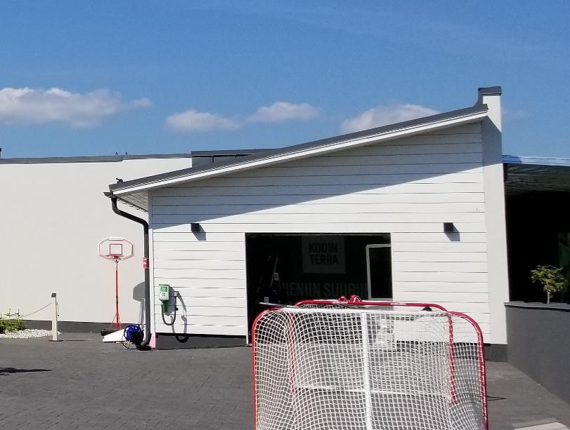 北欧の家のガレージスタイル (9)
