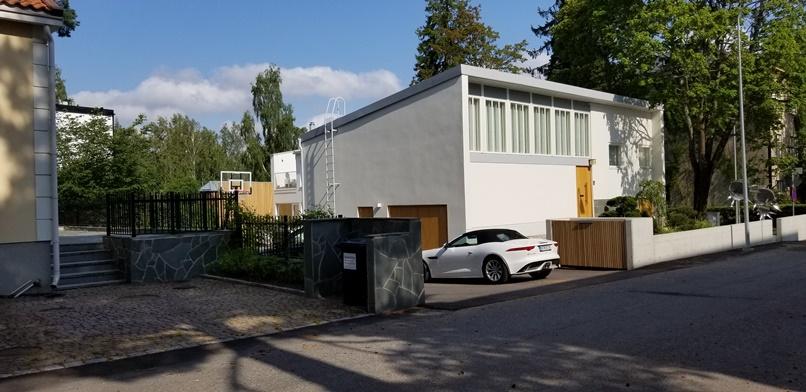 北欧の家のガレージスタイル(30)