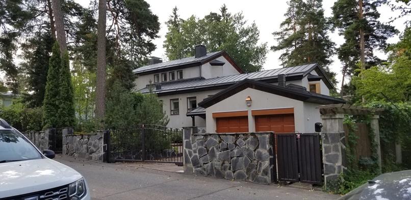 北欧の家のガレージスタイル(29)