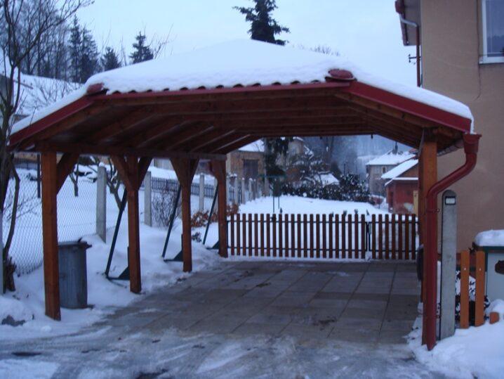 北欧のカーポート