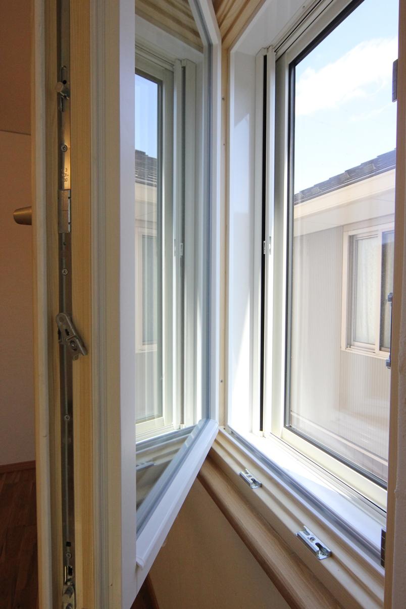 岩手の超高断熱な二重窓住宅