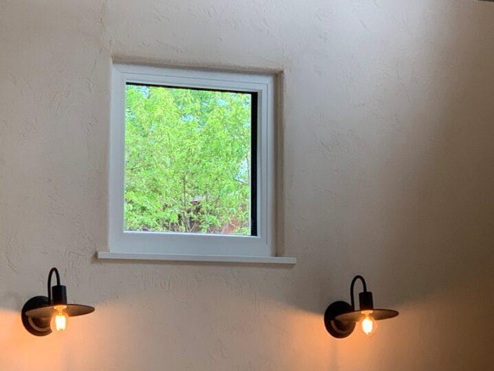 窓枠角の丸み