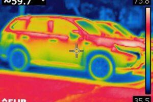 岩手猛暑日の車中温度1