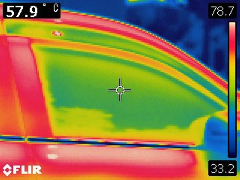 岩手猛暑日の車中温度3