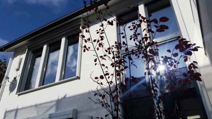住宅の連窓 (1)